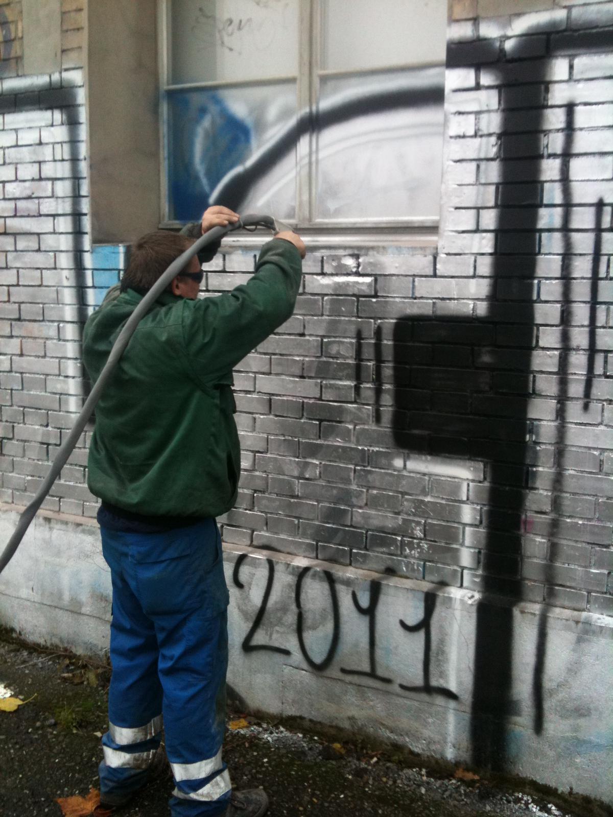Häfliger AG Fassadenreinigung Sandstrahler